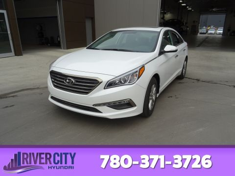 New 2017 Hyundai Sonata GLS 2.4L Keyless entry with push-button start, 5.0  color touch screen audio display, rearview camer