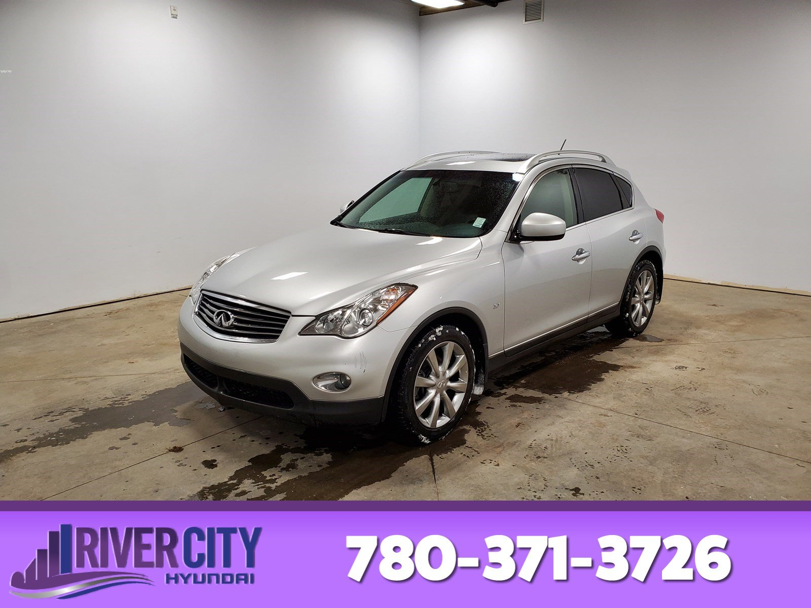 Pre-Owned 2015 INFINITI QX50 AWD Navigation (GPS), Leather, Heated Seats, Sunroof, Back-up Cam, Bluetooth, A/C,