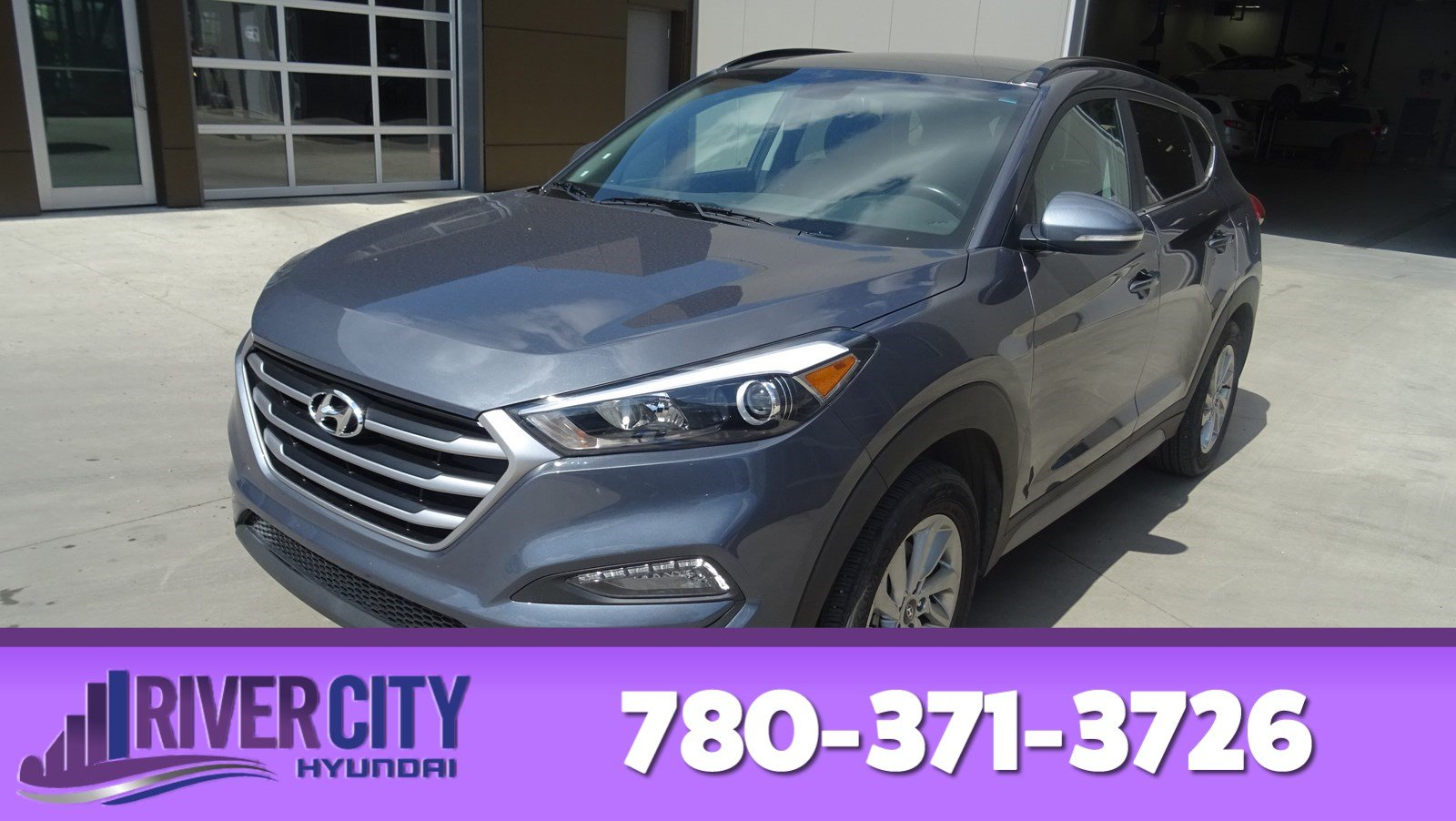 Certified Pre-Owned 2017 Hyundai Tucson AWD LUXURY Navigation (GPS), Leather, Heated Seats, Back-up Cam, Bluetooth, A/C,