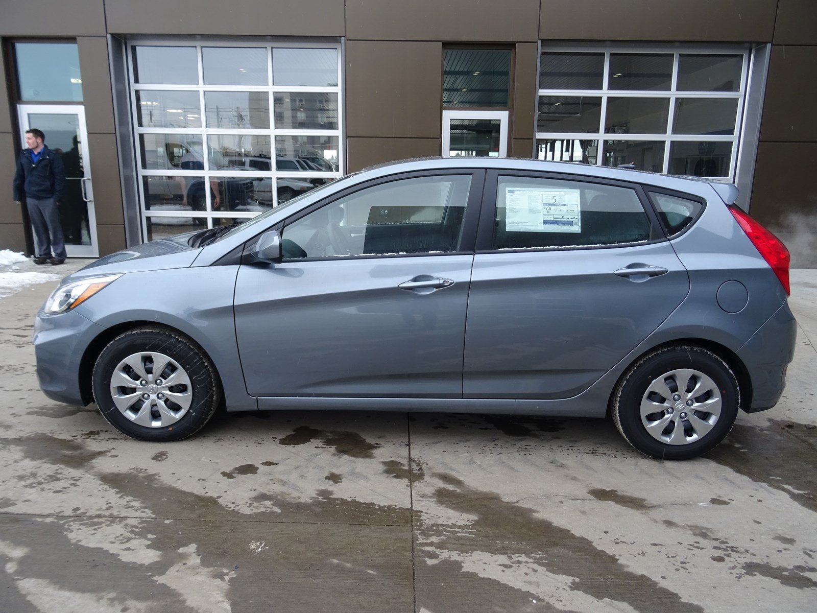 New 2017 Hyundai Accent Hatchback in Edmonton HAC1919