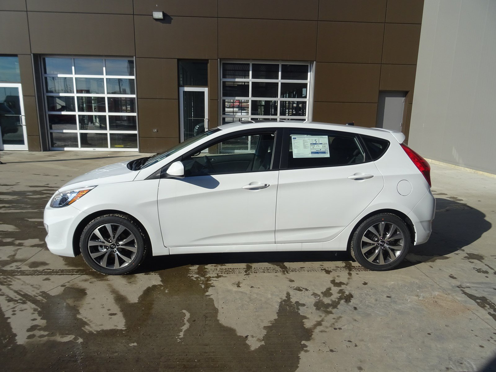 New 2017 Hyundai Accent Hatchback in Edmonton HAC0833