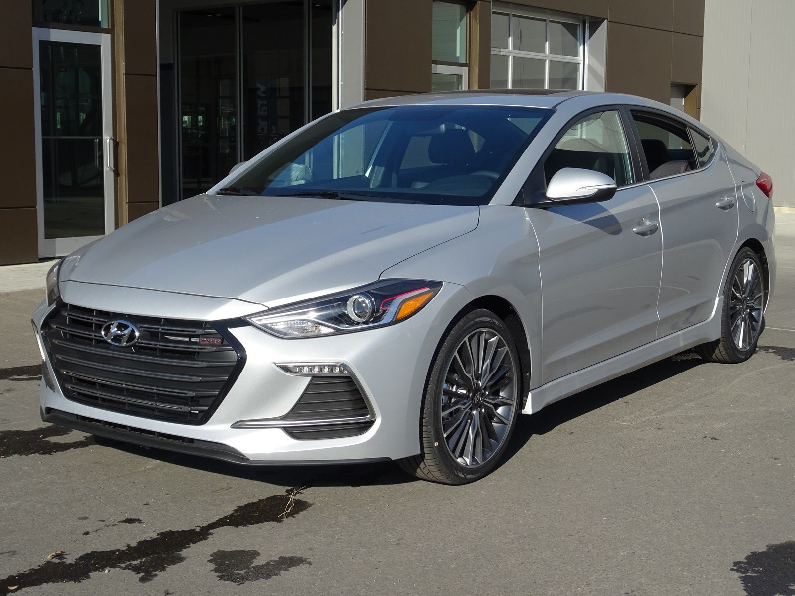 new 2018 hyundai elantra 4dr car in edmonton jel4373 river city hyundai. Black Bedroom Furniture Sets. Home Design Ideas