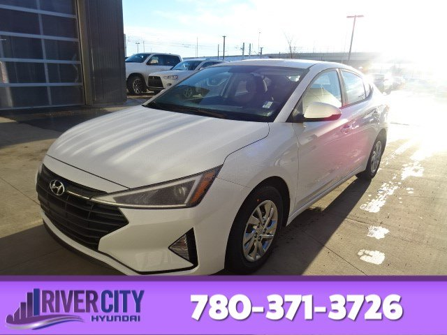 New 2019 Hyundai Elantra ESSENTIAL BLUETOOTH HANDSFREE,5.0 TOUCH SCREEN/REARVIEW CAM,HEATED FRONT SEATS,6 SPEED MANUAL TRANS