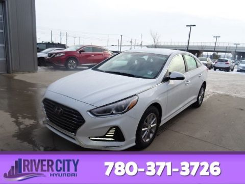 New 2019 Hyundai Sonata ESSENTIAL HEATED SEATS,ANDROID AUTO & APPLE CARPLAY,BLUETOOTH,REARVIEW CAMERA