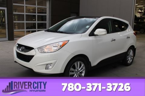 2010 Hyundai Tucson AWD LIMITED Navigation (GPS),  Leather,  Heated Seats,  Back-up Cam,  Bluetooth,  A/C,