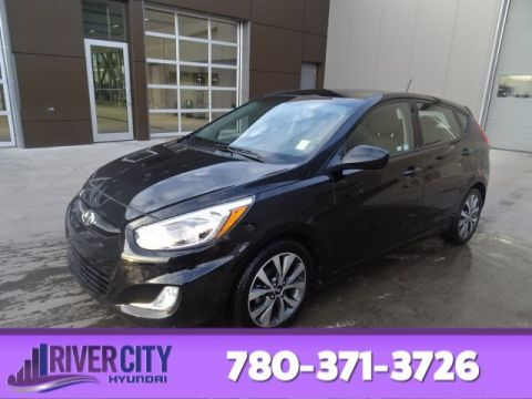 Certified Pre-Owned 2017 Hyundai Accent SE HATCHBACK Heated Seats, Sunroof, Bluetooth, A/C,